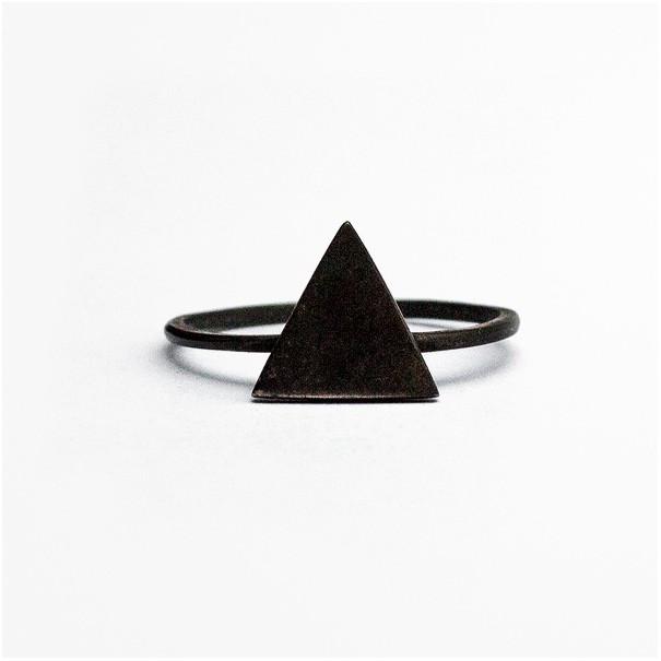 Кольцо Black Triangle
