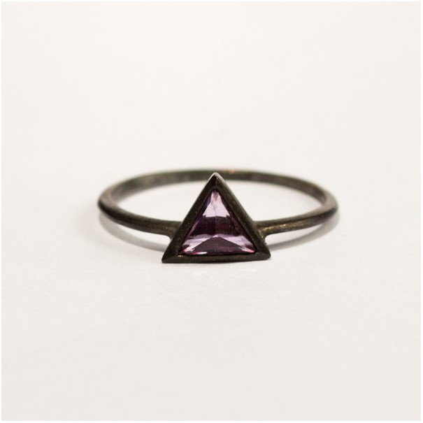 Your third Eye Ring with Triangle cut violet Amethyst